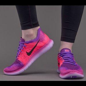 Nike free rn flyknit 2017 wmns size 6.5